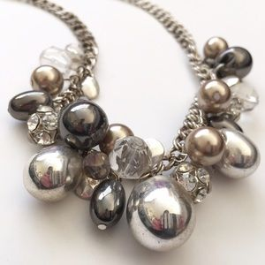 WHITE HOUSE BLACK MARKET - Cluster Necklace